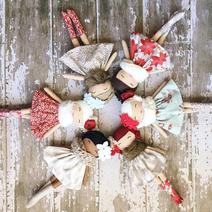 The beautiful Winterberry Lane Collection of dolls available Nov 19th!  Early Christmas Shopping!  SpunCandy Heirloom Dolls