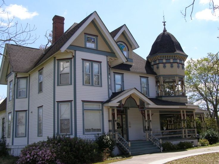 1000 images about victorian and other beautiful homes for for Victorian houses for sale in georgia