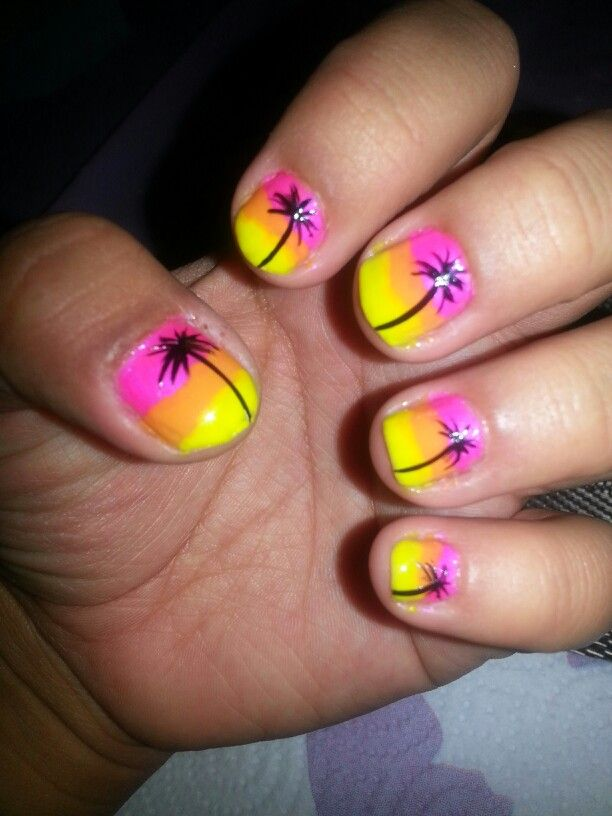 Tropical Nail Art using a pink from #sinfulcolors, an orange from #pureice, - 92 Best Tropical Nail Art Images On Pinterest Tropical Nail Art