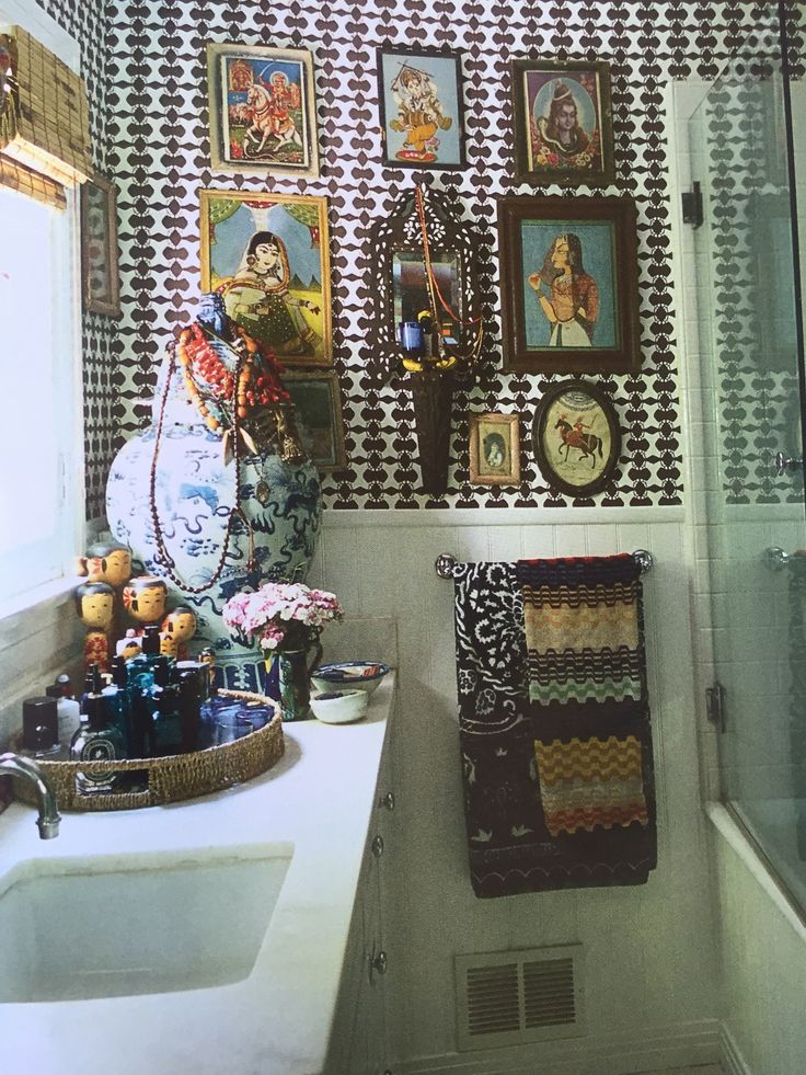 Johnson Hartigs Hancock Park Home Bathroom Is An Ode To India