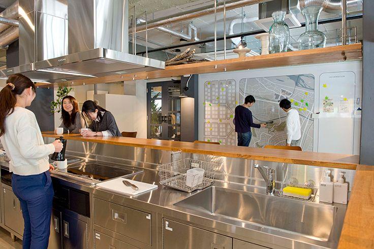 「シェアプレイス聖蹟桜ヶ丘」都心・東京23区・東京都下・神奈川・埼玉・千葉でおしゃれな大型シェアハウス・賃貸をお探しの方におすすめ。「おかえりがある、ひとり暮らし。」が実現する新しいスタイルの賃貸住宅です。