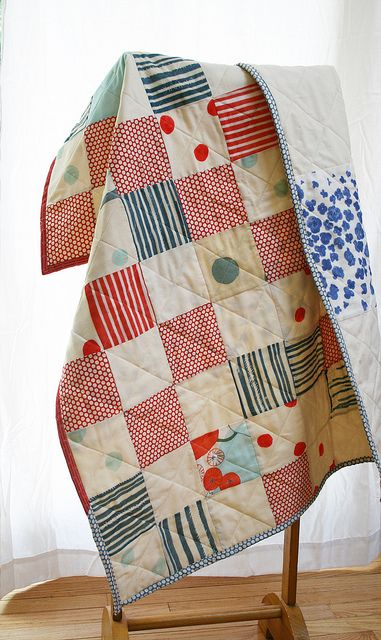 I like the fabrics in this quilt