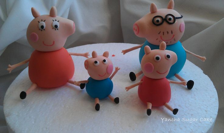 Peppa pig family Edible fondant 3D figures, Fondant cake topper, Birthday decor,Pippa pig party, Girls gift, Birthday gift,Cupcake topper by YanchaSugarCake on Etsy