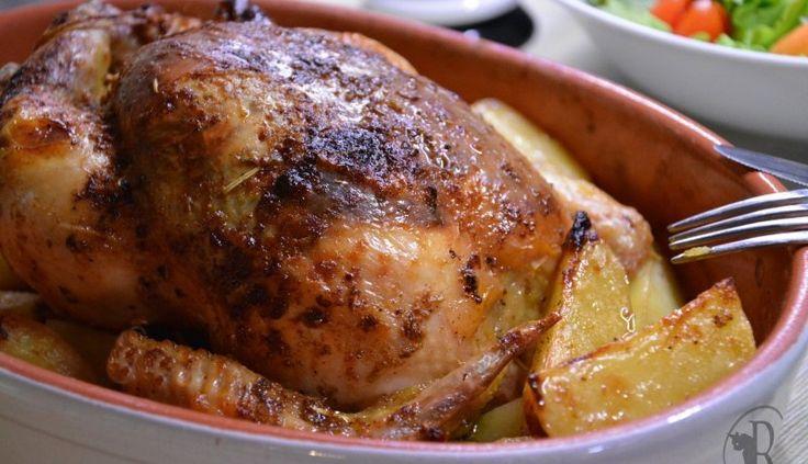 Pollo arrosto al burro aromatizzato con patate