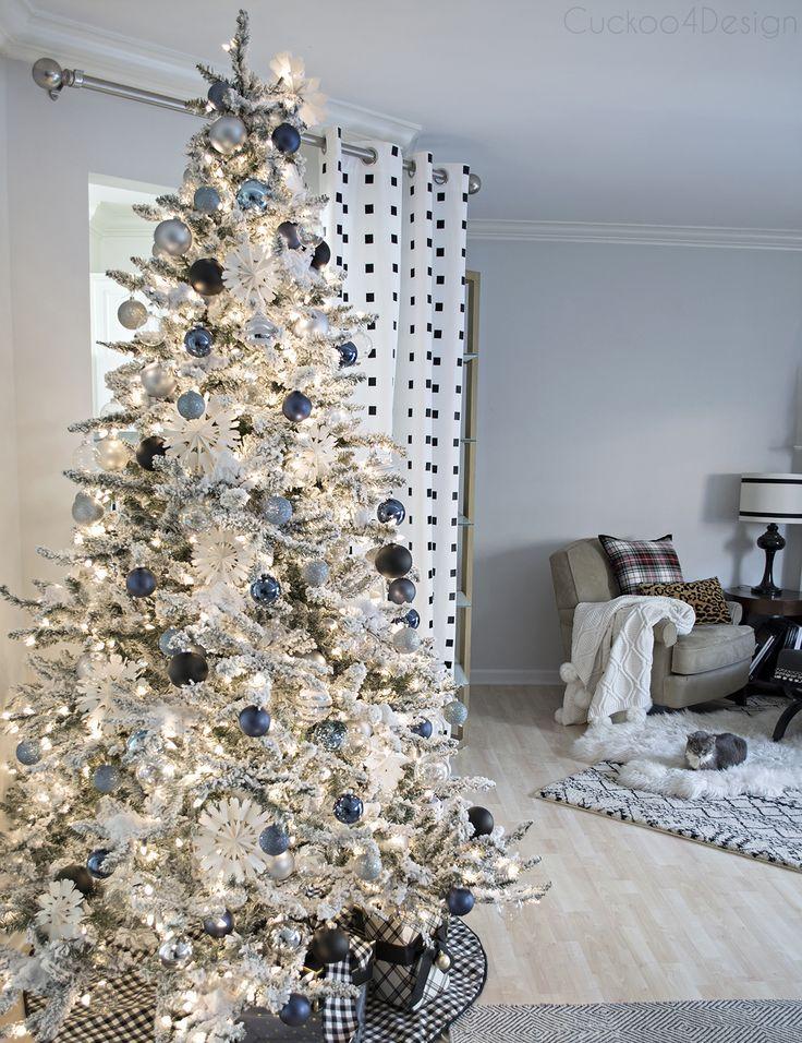 Denim blue and white Christmas Bloggers\u0027 Best DIY Ideas