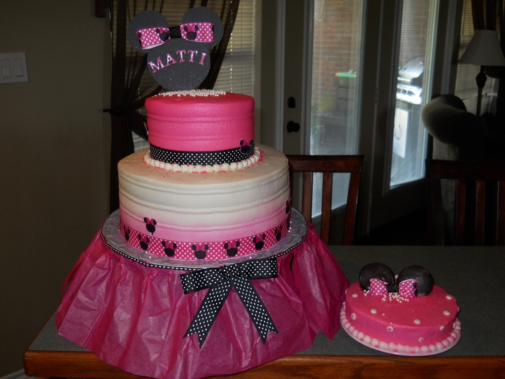 109 best Cakes cupcake designs images on Pinterest Jeep cake