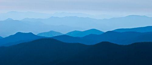 Die besten 25 blue ridge mountains ideen auf pinterest for Blue ridge mountain tattoo
