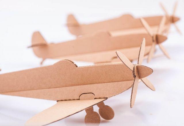 http://www.marka-conceptstore.pl/kategoria/dla-dzieci/samolot-spitfire