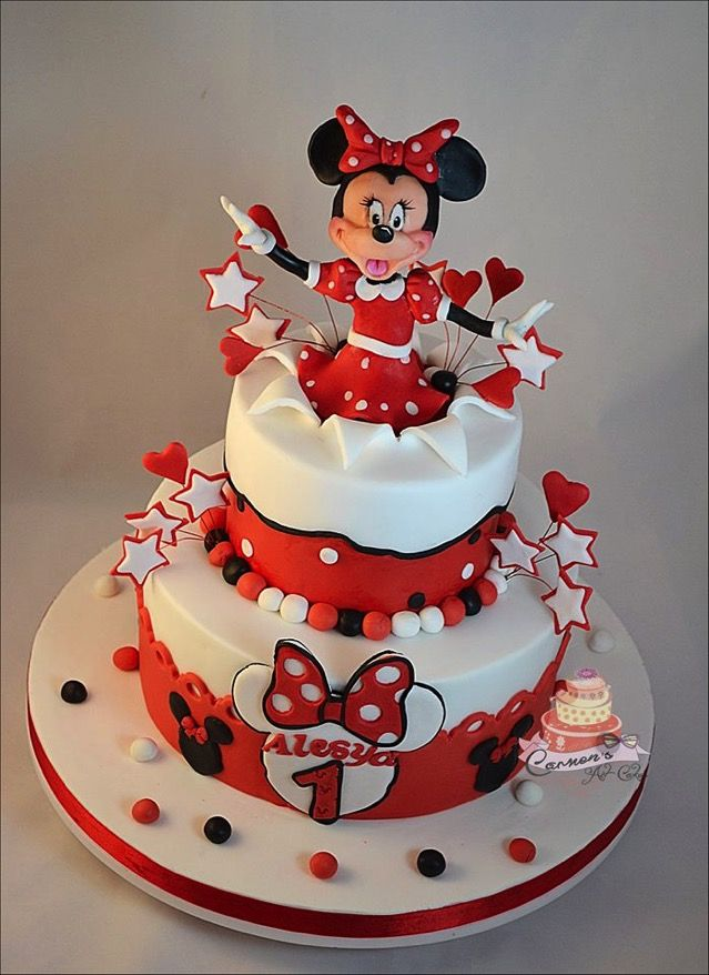 These Two Minnie Mouse 1st Birthday Cakes Are Too Cute Minnie Mouse Birthday Cakes Baby Birthday Cakes Minnie Mouse Cake