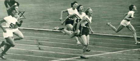 Australian Olympic Committee: Melbourne 1956 Olympics - Betty Cuthbert wins Australia's first gold