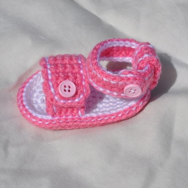 Crochet Pattern - Sporty Stitched Button Baby Sandals
