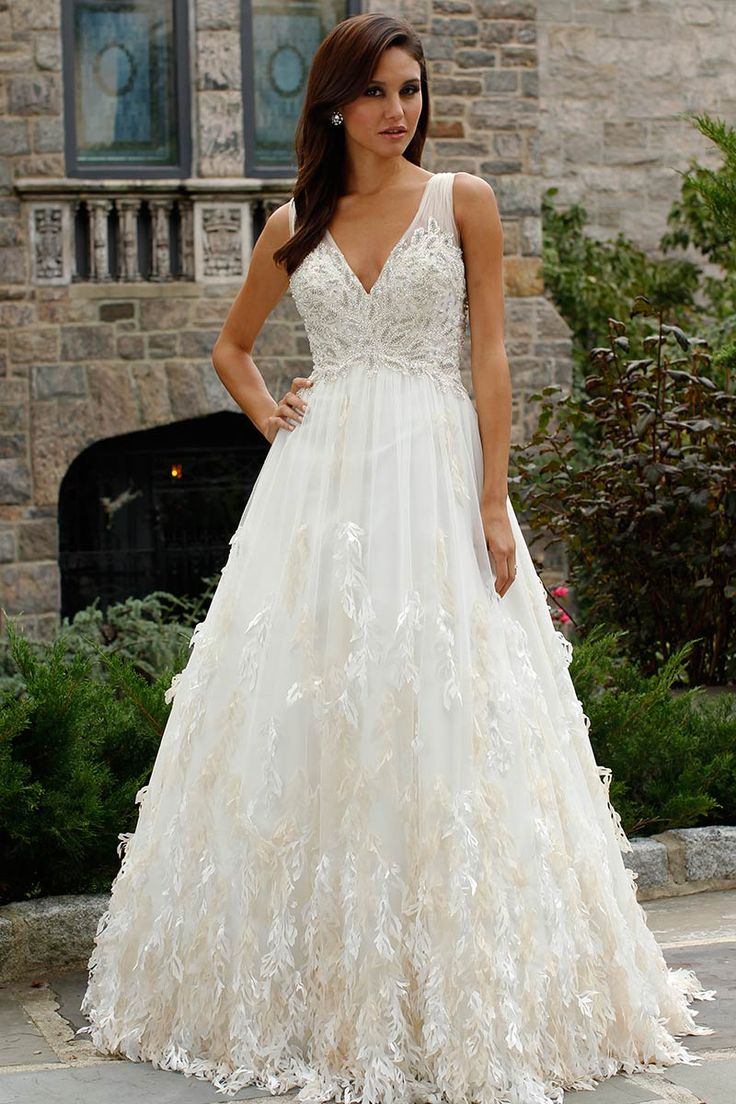 wedding dress hire cape town northern suburbs%0A I quite like the detailing on the skirt