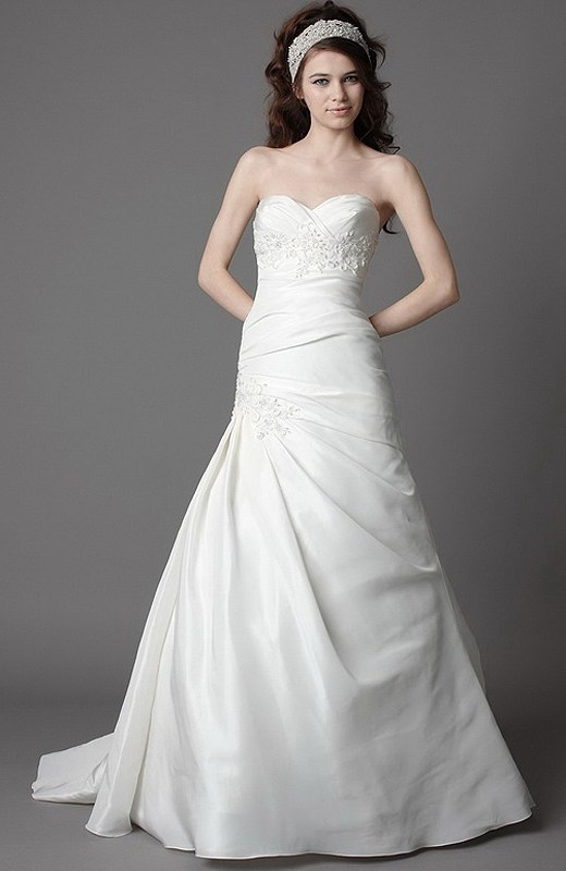 Click To Enlarge  A-line #Sweetheart #Sweep/Brush Train #Taffeta Floor-length #Wedding #Gowns 06297  US$229.70     Find it here.... http://honeydress.com/b/A-line-Sweetheart-Sweep-Brush-Train-Taffeta-Floor-length-Wedding-Gowns-06297.html#.T_au9ZF9i80?utm_source=SNS%5FSource_medium=SNS%5FPinterest_term=Pinterest_campaign=Pinterest%5FPost_nooverride=1  ...Dresses Wedding, Aline Sweetheart, Wedding Dressses, Appliques Taffeta, Sweetheart Aline, Aline Appliques, Aline Taffeta, The Dresses, Aline Gowns