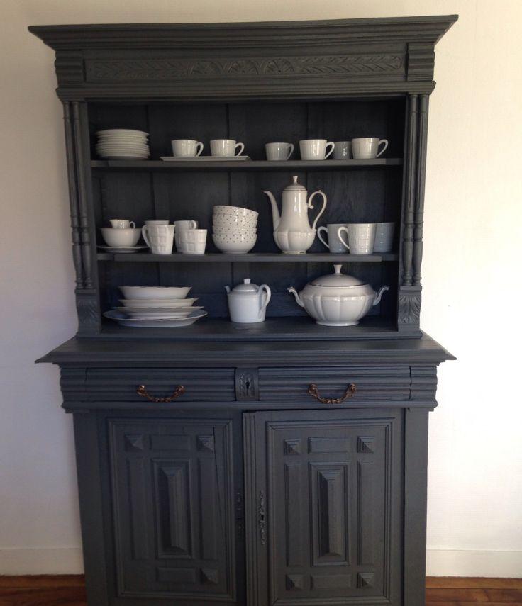 DIY ♣ Relooker un buffet Henri II♣ Les meubles de style Henri II ne sont pas chers et se retrouvent en grand nombre dans les brocantes ou sur le site le bon coin. Après un peu d'huile de coude voi...