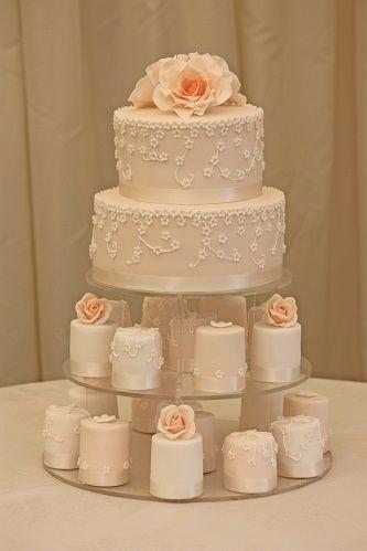 Peach Lace Cake, Mini Cakes