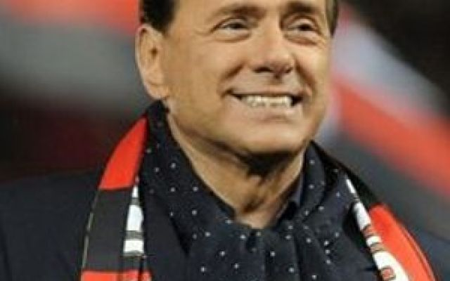 "Clamoroso Berlusconi ""Galliani resta al Milan"" #galliani"