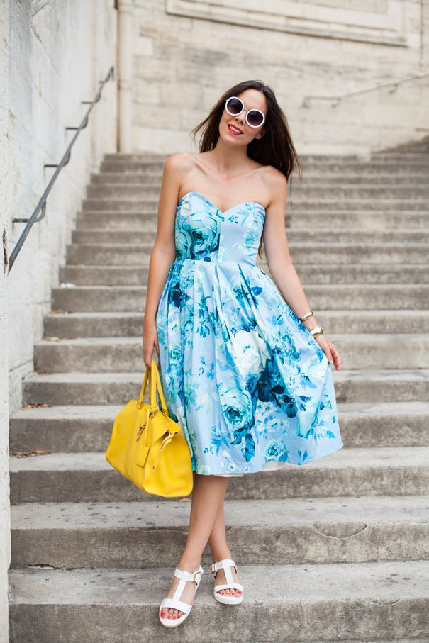Today's summery look: dress and sunnies by Asos, bag by YSL and sandals by Sarenza