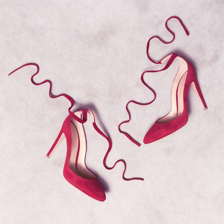Carla high pumps in red suede
