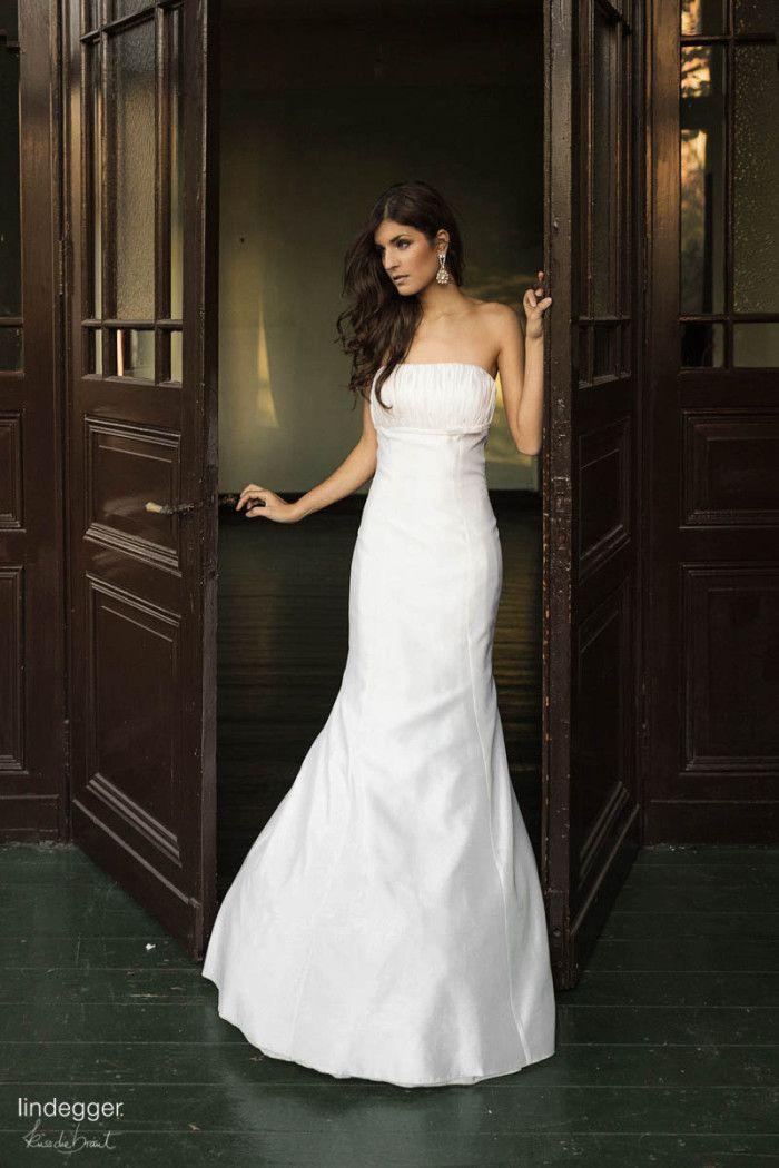 Mieke – elegant schlichtes Brautkleid aus Wild-Seide D-1172 Foto ...