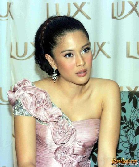 Dian Sastrowardoyo - Indonesian beauty