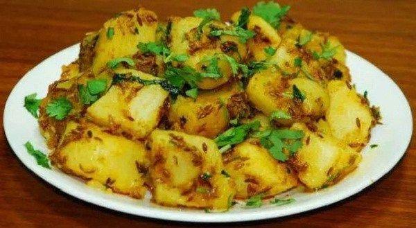Aloo Sabzi Recipe : How to make Potato Bhaji Recipe?