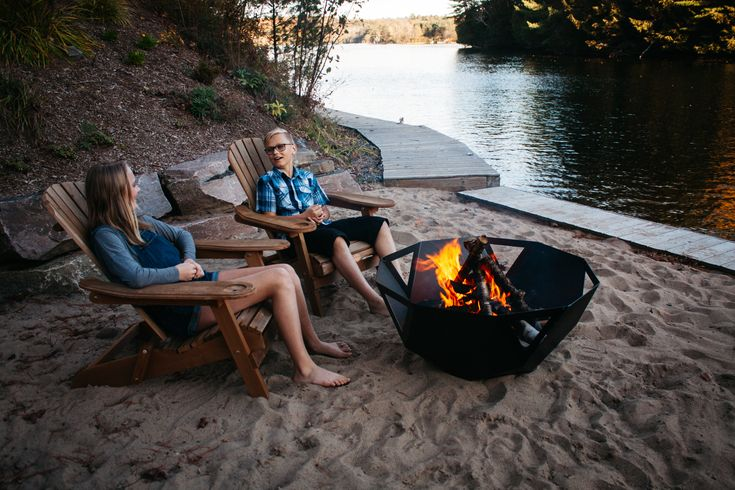 The very modern and practical, durable and conversation inspiring - GEO XL firepit.
