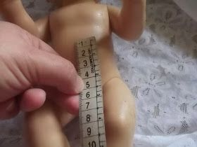 Boneca Baby Alive   Posto aqui as medidas necessárias para confeccionar roupas e sapatinho de croche para a boneca Baby Alive. Pesquisei ...