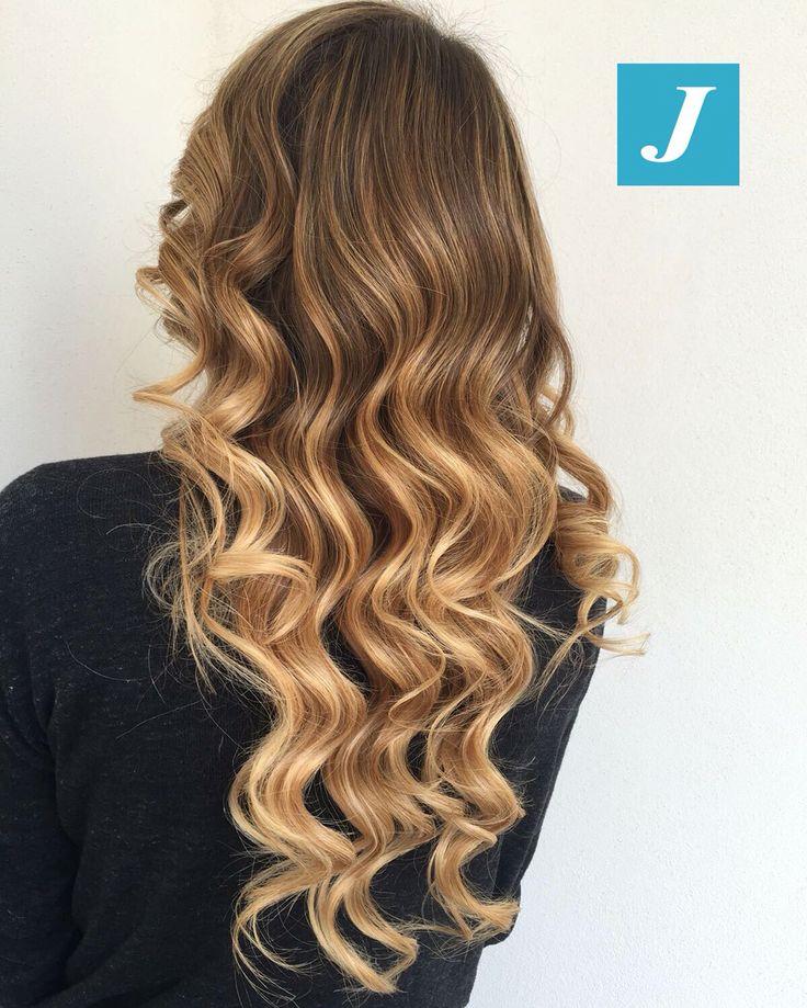 Ad ogni donna il suo Degradé Joelle! #cdj #degradejoelle #tagliopuntearia #degradé #igers #musthave #hair #hairstyle #haircolour #longhair #oodt #hairfashion #madeinitaly