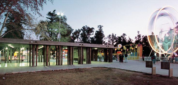 Pabellones Parque Independencia_2005_ Rafael Iglesia