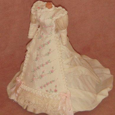 Reproduccion de Moda Antigua.  One of a kind miniatures desings