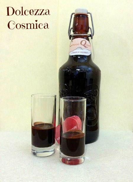 liquore al cioccolato alcool cacao amaro latte zucchero san valentino cremoso ricetta golosa cioccoquore conserve natale pasqua