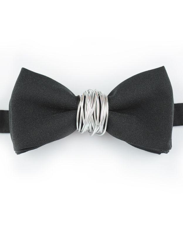 Papillon Nero con inserto in Alluminio - Papillon Italiano #HandMade #BowTie #Design #Fashion #Men #Nero #black #Outfit #Papillon