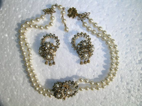 Vintage Stanley Hagler Necklace and Earrings Parure Gold Pearl