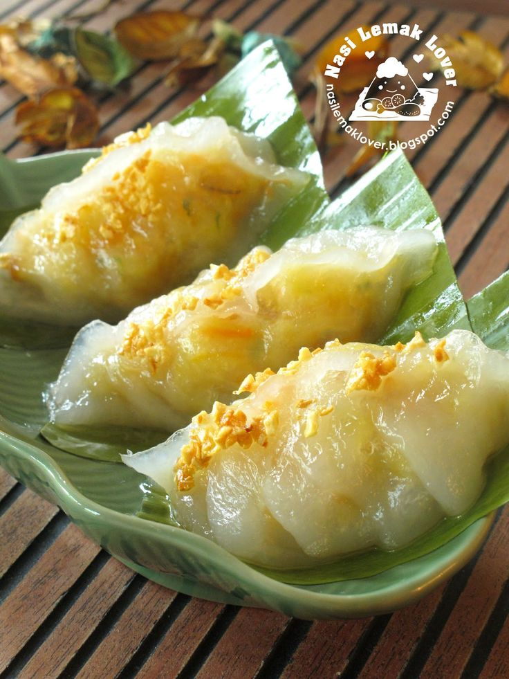 I have bookmarked this Chai Kueh recipe from Joceline for a longer time. I just tried to making this kueh on last week, and very happ...