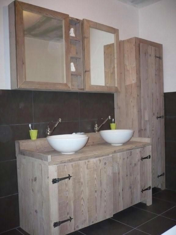 Bathroom Pallet wood cabinets | badkamer steigerhout  The link leads you to a dutch web site & also can't find this into the boot. Which is rather sad because its a really attractive set of batroom furniture ade from re-purposed Pallet wood. I've visited their web site before and this is for purchase or was but its still a good piece of inspiration ;