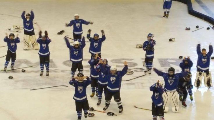 Młodzi hokeiści UKH Unia odnieśli spory sukces na turnieju. #minihokej #UKHUniaOświęcim