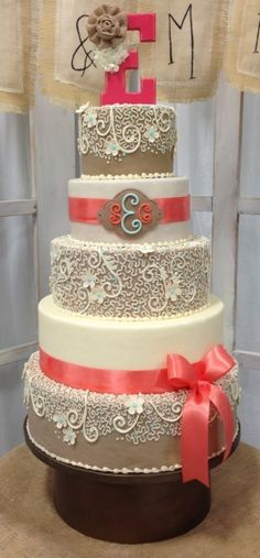 wedding cake taupe et corail - coral wedding decoration ideas - Recherche Google