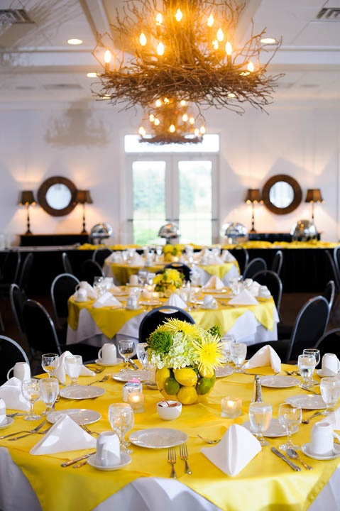 Lemon & Lime Wedding Table Centerpieces (with forest green or gold tablecloth, not yellow)