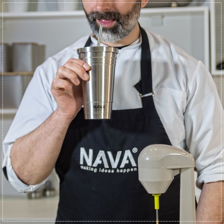 Up to 12 hours insulation to keep your drinks cold!  You can find related video here → http://bit.ly/2vhXop2  Related products can be found here → http://bit.ly/2tZzhav  #nava #navaideas #drinkpreparation #stainlesssteelvacuumflask