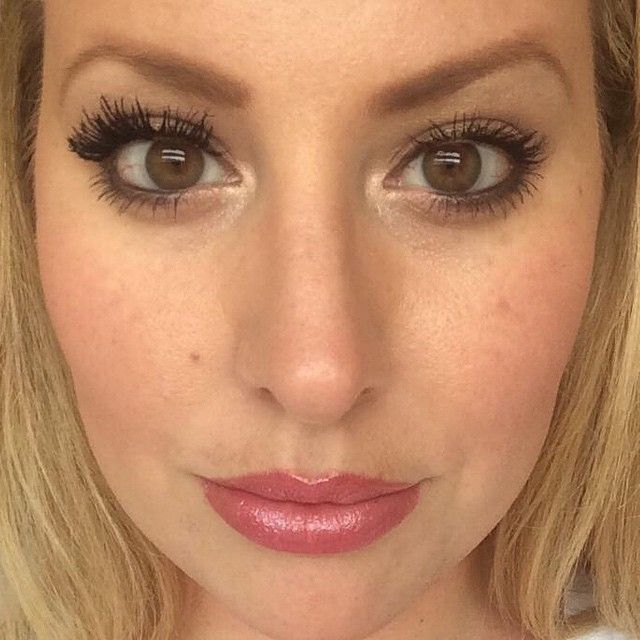 The gorgeous Hillary with her fibre lashes. Her left eye is Younique 3D Fibre Lash Mascara and her right eye is two coats of regular mascara. Real photos of regular customers, untouched! Shop: #younique #makeupaddict #lashaddict #makeup #instamakeup #cosmetics #mascara #3dmascara #3dlashes #eyes #lashes #beauty #beautiful #naturalcosmetics #beforeandafter #prettyFollow