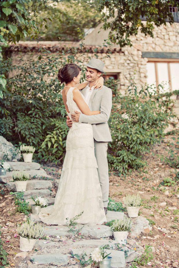 17 meilleures id es propos de robes de mariage rustique sur pinterest robes de mariage. Black Bedroom Furniture Sets. Home Design Ideas