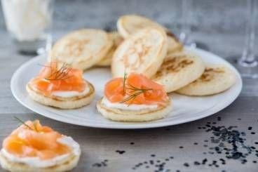 Recette de Blinis maison, saumon et crème de chèvre