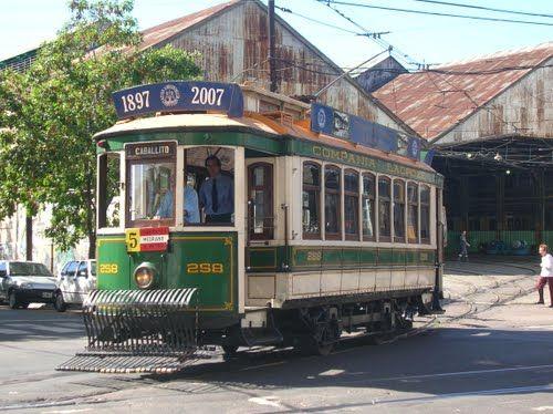Vintage Tram Ride in Caballito, Buenos Aires, Argentina El recorrido del tranvía de la vendimia en Caballito