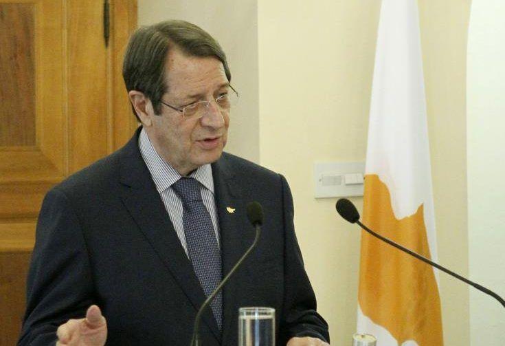 Με αποφασιστικότητα στον Μοντ Πελαράν ο ΠτΔ, δήλωσε αναχωρώντας από το Προεδρικό Μέγαρο
