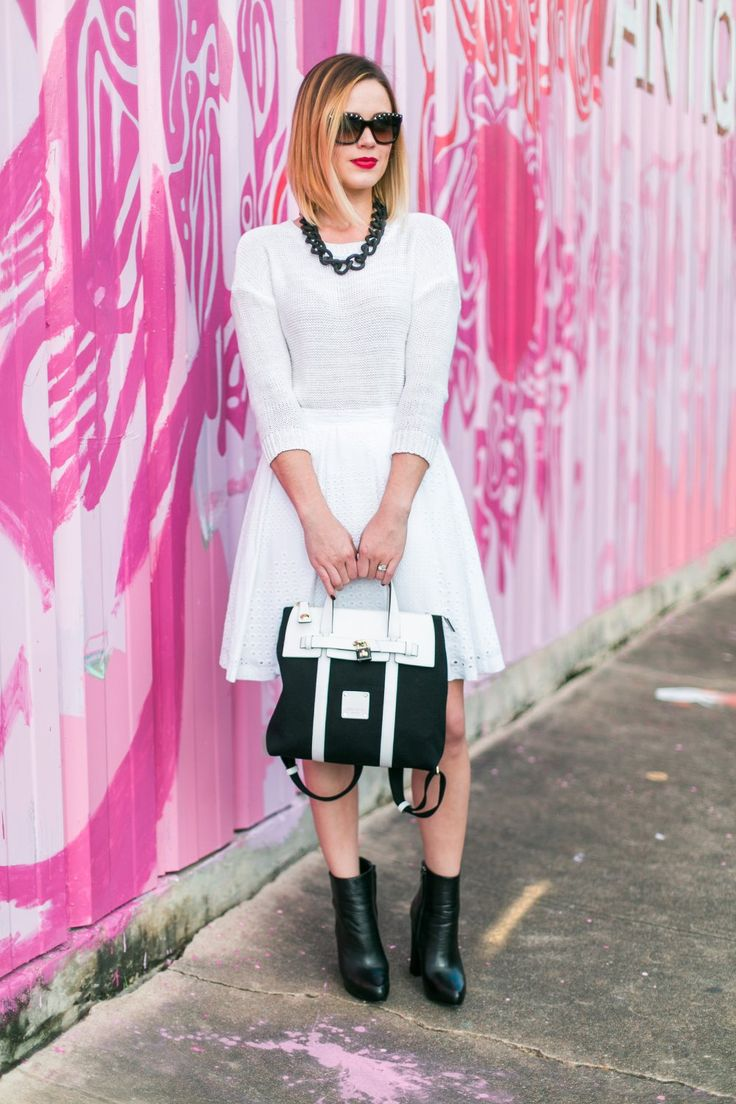 Call me maybe! An all white outfit • Uptown with Elly Brown