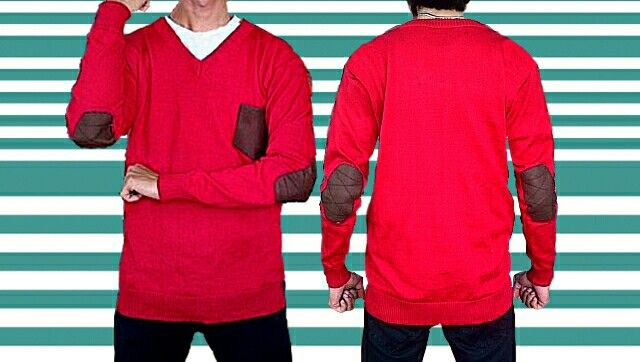 sweater rajut elbow motif saku.warna merah all size fit to L.minat add my pin.2b888249
