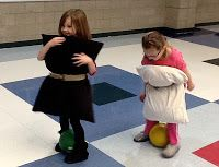 Kindergarten Faith: A Week of Penguin Fun, Experiencing Life as a Penguin. Science experiment, game and more.