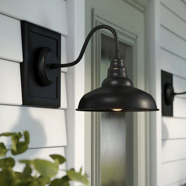 The Simple Traditional Design Of This Mains 1 Light Outdoor Barn Light Looks Great With Any Style Of Decor Its Understated S Outdoor Barn Lighting Barn Lighting Outdoor Wall Lighting