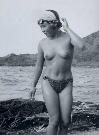 Images - Japanese nude divers