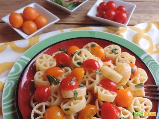 Rotelle ai due pomodori con basilico  #ricette #food #recipes